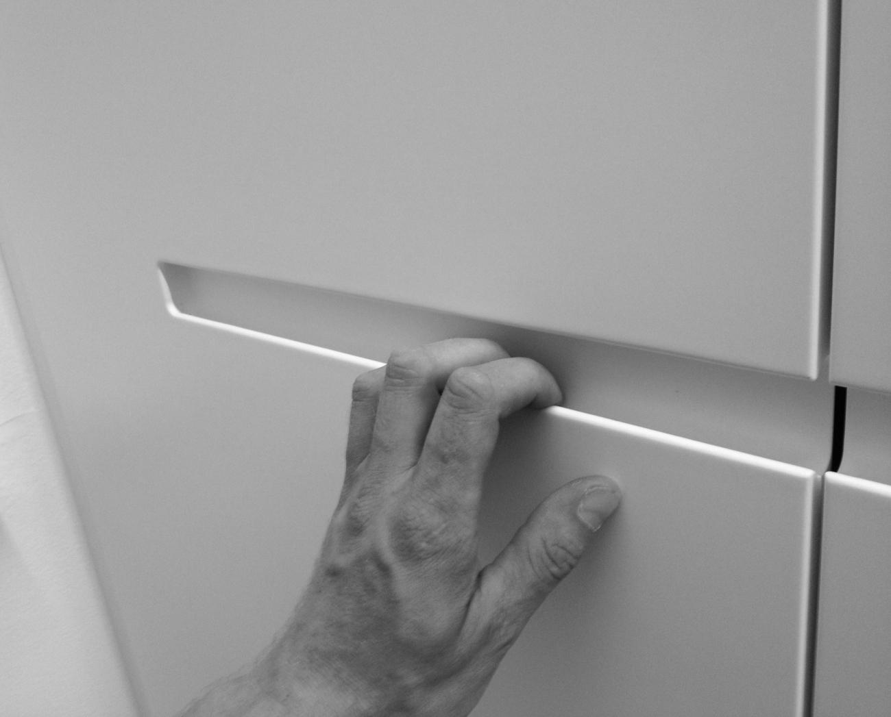 grifffräsungen | egal ob vertikal oder horizontal | sind eine moderne alternative zu normalen möbelgriffen