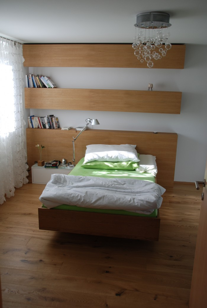 schlafzimmer eiche echtholz christoph kremnitzer m bel montagen. Black Bedroom Furniture Sets. Home Design Ideas