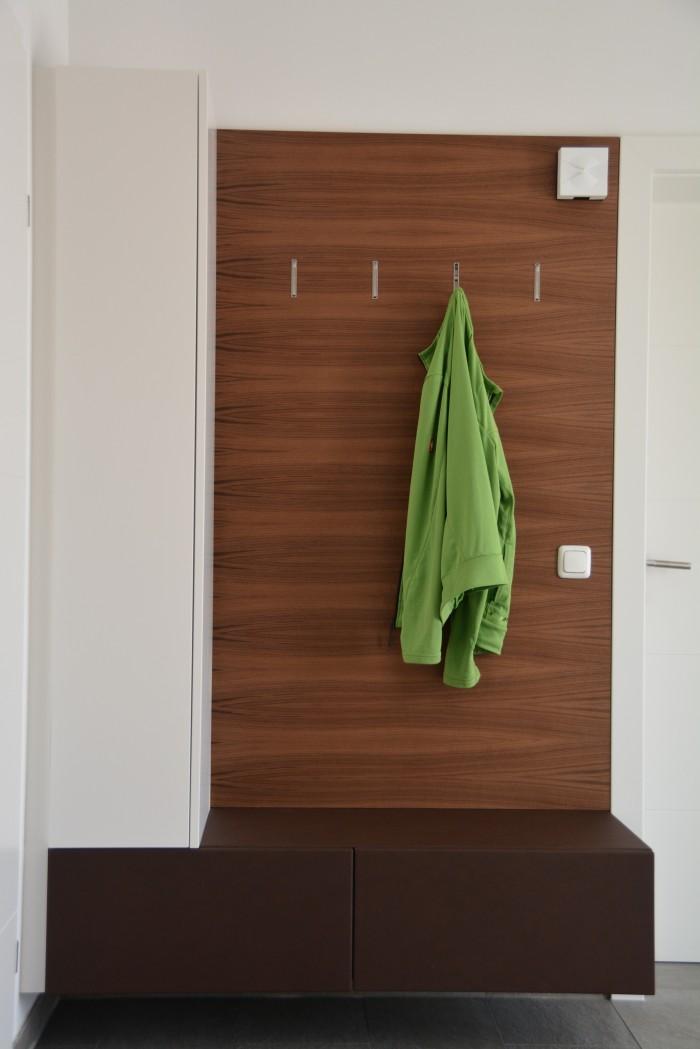 galerie christoph kremnitzer m bel montagen. Black Bedroom Furniture Sets. Home Design Ideas