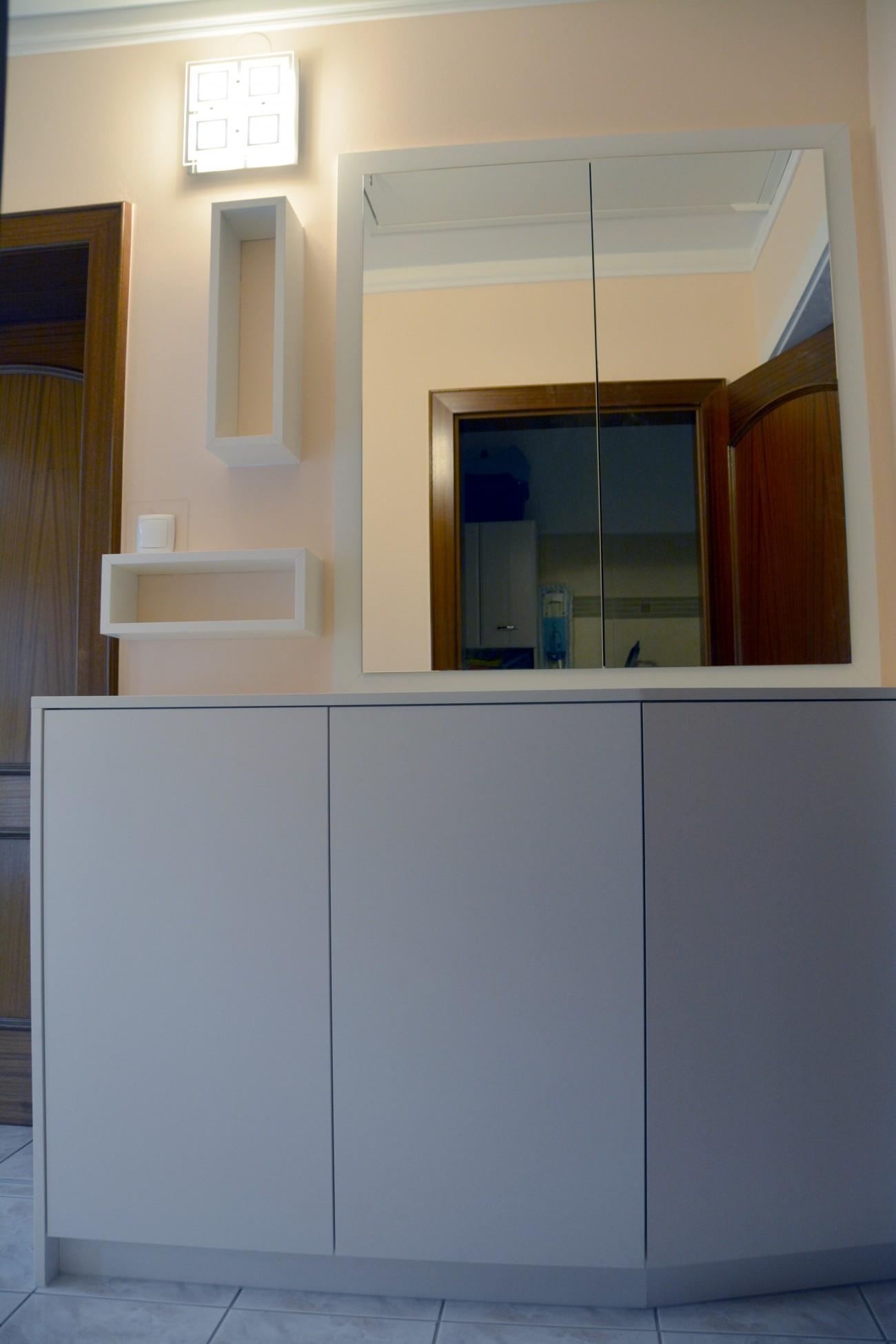 garderobe   zählerkasten verbau   Spiegeltüren