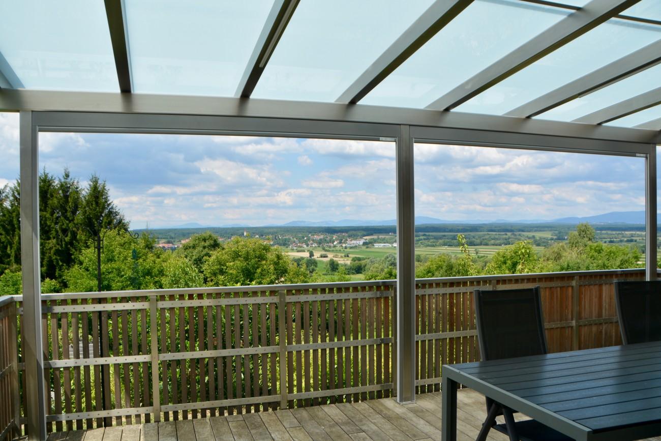 terrassen berdachung edelstahl beschattung vertikal. Black Bedroom Furniture Sets. Home Design Ideas