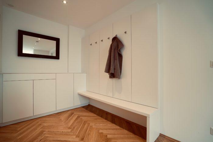 garderobe | weiss matt | stromzählerschrank versteckt