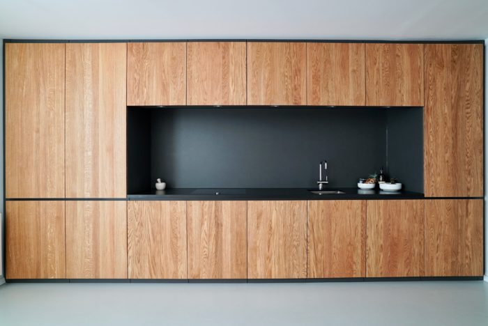 tischlerküche | eiche massiv geölt | naturstein arbeitsplatte